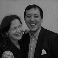 Знакомьтесь, Алексей и Юлия Снежко. Спикеры родительской конференции